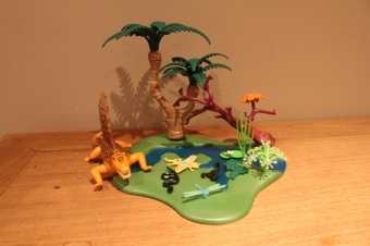 Playmobil  dino met waterplas 5235