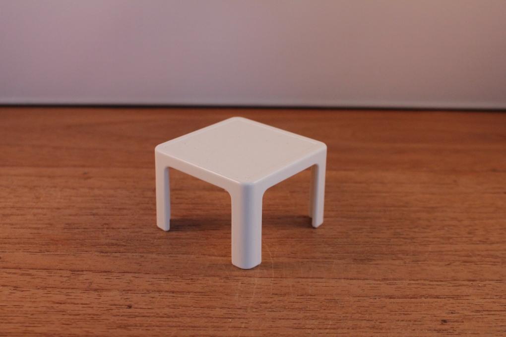 Playmobil wit tafeltje tafels 2e hands playmo for 2e hands meubels